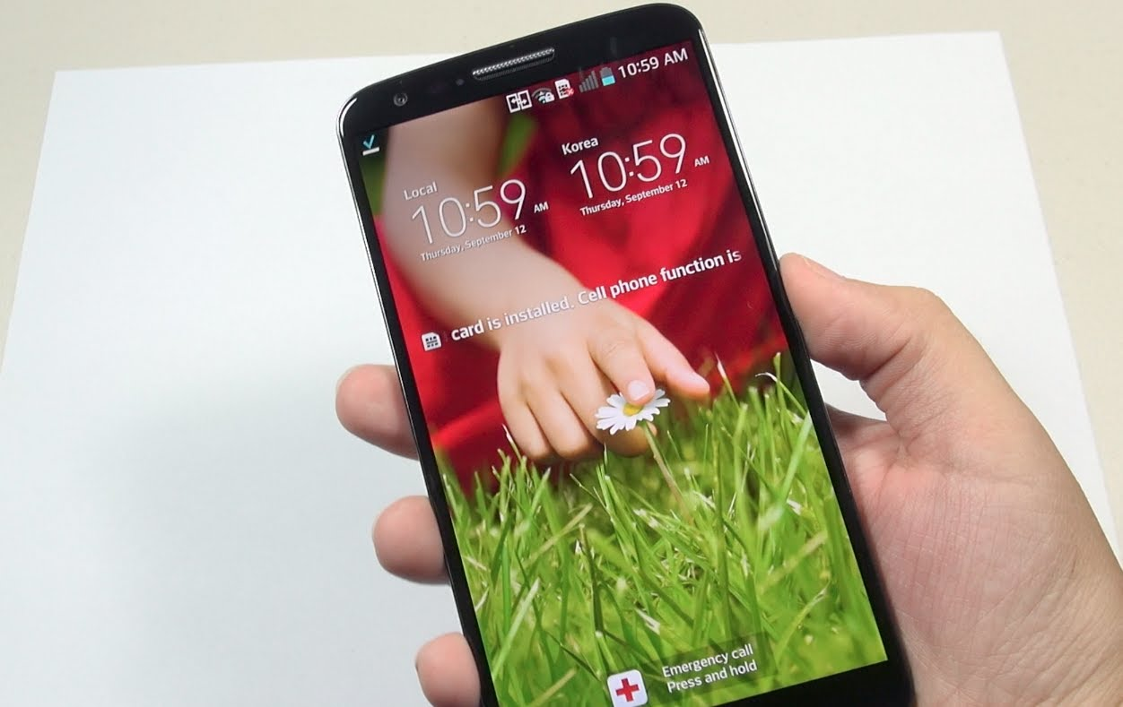 LG G2: Unboxing and First Impressions